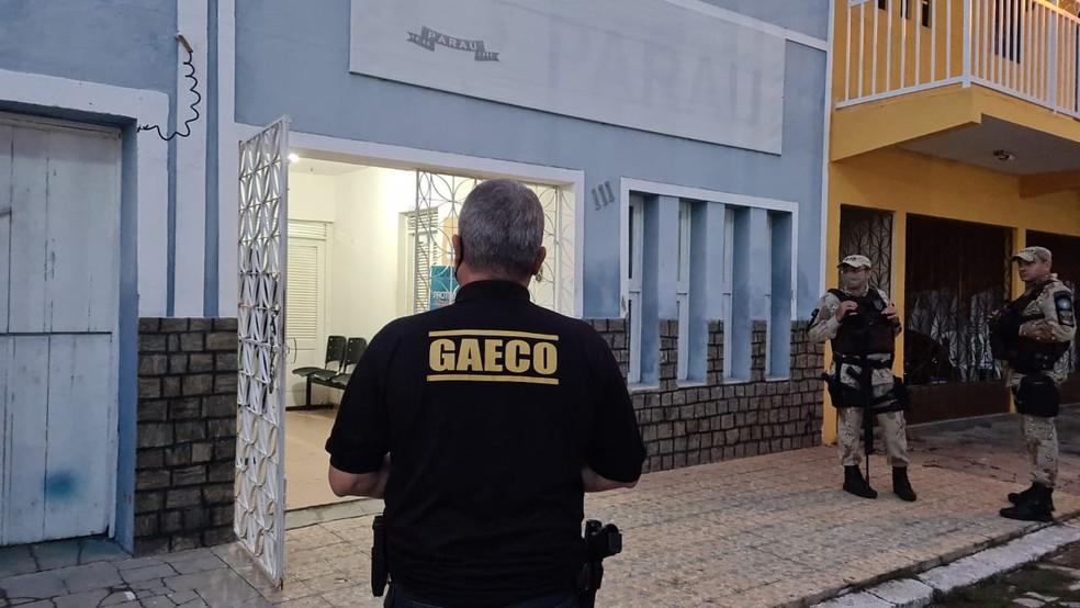 Operação do Ministério Público cumpre mandados na prefeitura de Paraú, no Oeste potiguar. — Foto: Divulgação
