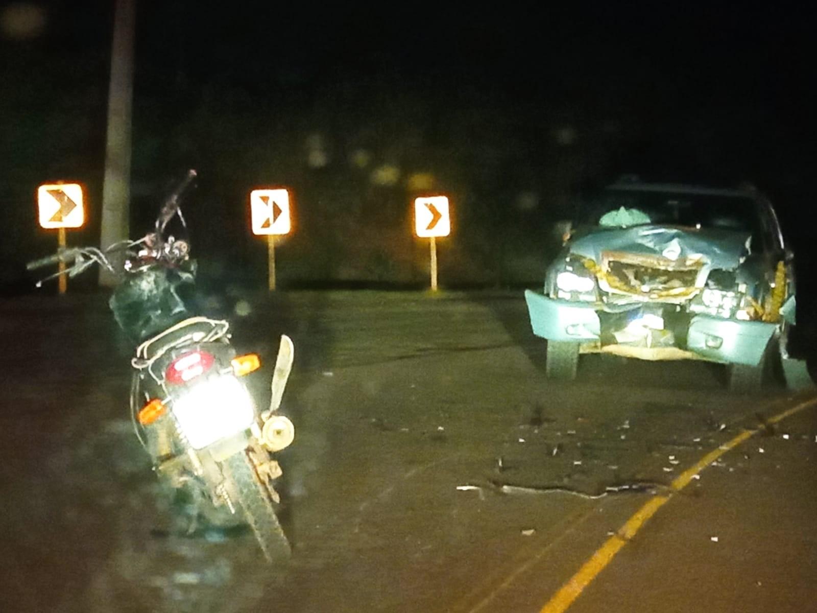 Batida entre motocicleta e caminhonete mata homem em Presidente Epitácio