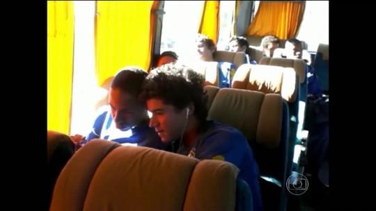 Coutinho e Neymar: veja lembranças da amizade de longa data da dupla de astros