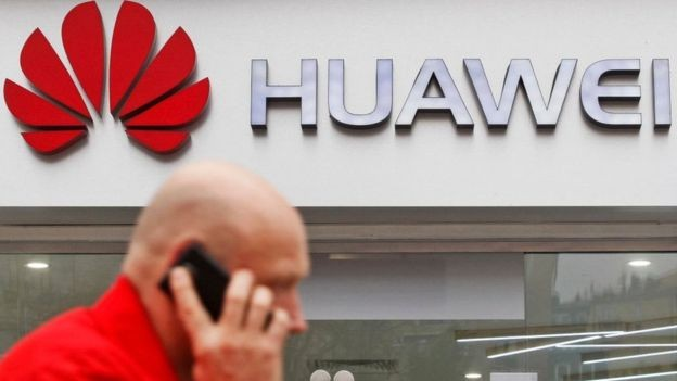 Huawei é líder na venda de aparelhos de telecomunicações (Foto: BBC/Getty Images)