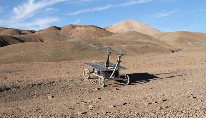 Testes estão sendo feitos no Deserto de Atacama (Foto: Reprodução/Prof Stephen B. Pointing)