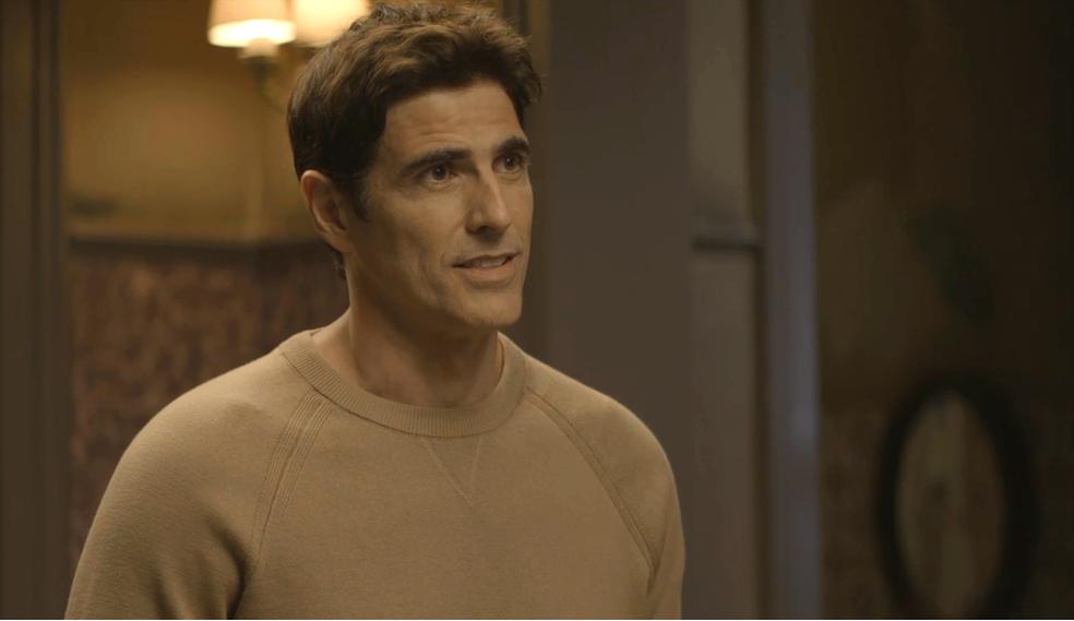 Em 'A Dona do Pedaço', Régis (Reynaldo Gianecchini) diz a Maria da Paz (Juliana Paes) que vai refazer teste de DNA: 'Se for pai do Artur, vou assumir' — Foto: TV Globo
