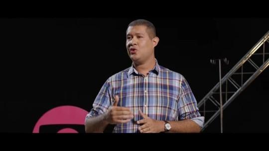 Danilo Silva lembra experiência como vítima de racismo em plantão