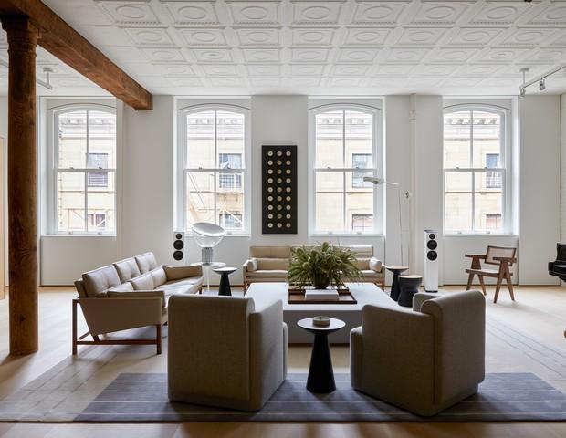Em Nova York, loft tem décor sofisticado e repleto de arte (Foto: Sean Litchfield)