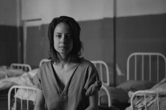 Andréia Horta em 'Colônia' (Foto: Hélcio Alemão Nagamine)