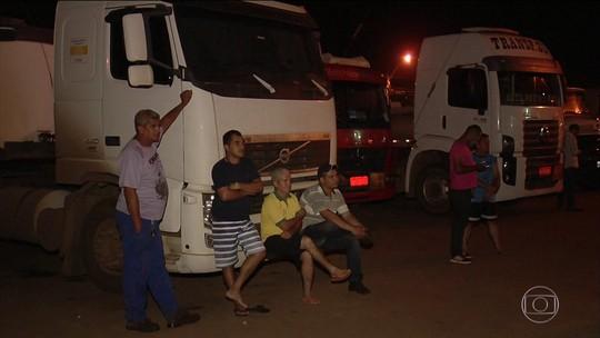 Protesto contra alta no preço bloqueia todas distribuidoras de combustíveis da Grande Goiânia