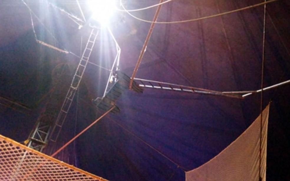 Trapezista caiu de altura de 20 metros durante espetáculo no Circo Broadway em Várzea Grande (Foto: Divulgação)