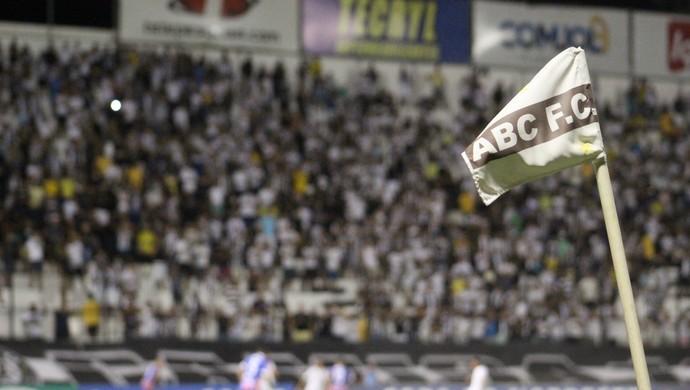 Frasqueirão TR (Foto: Fabiano de Oliveira/GloboEsporte.com)