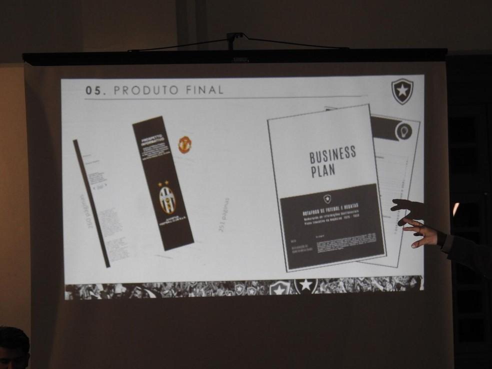 Laércio fala em Business Plan — Foto: Fred Gomes/GloboEsporte.com
