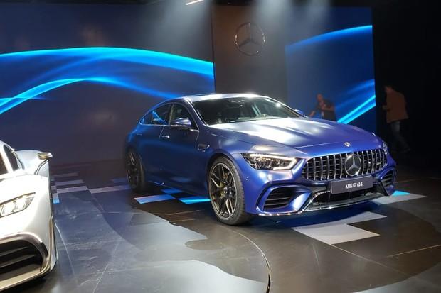 AMG GT de quatro portas é um dos mais belos modelos do Salão (Foto: Tabatha Benjamin/Autoesporte)
