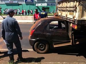 Acidente Atacadão Uberlândia (Foto: Jeovanir da Silva/G1)