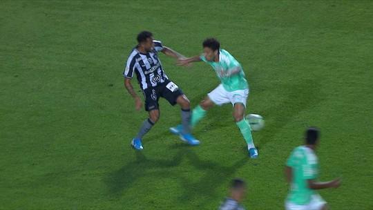 Gilson tem lesão no joelho direito confirmada e pode desfalcar Botafogo por até quatro semanas