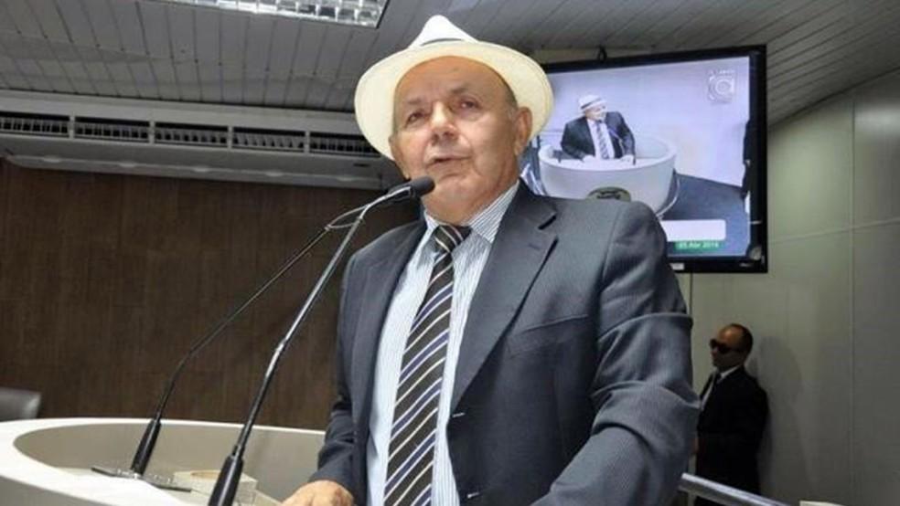 Lula Cabral estava no terceiro mandato como vereador em Campina Grande (Foto: Ascom Câmara Municipal de Campina Grande/Divulgação)
