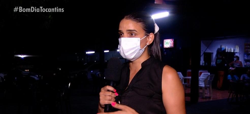 Dona de estabelecimento diz que presenciou agressões— Foto: Reprodução/TV Anhanguera