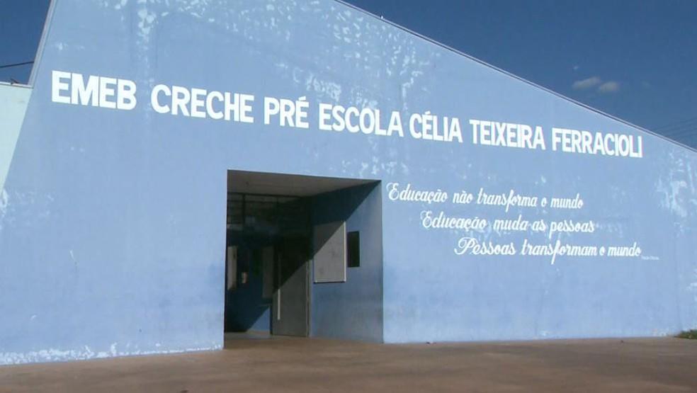 Menino relatou medo de voltar à escola por causa da professora em Restinga, SP (Foto: Câmeras de segurança)
