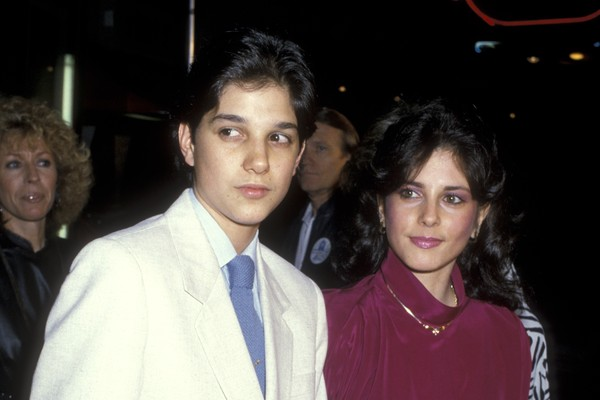 Ralph Macchio e Phyllis Fierro em evento em Los Angeles em março de 1986 (Foto: Getty Images)