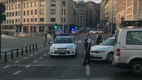 Polícia mata suspeito em estação de trem de Bruxelas; há relato de pequena explosão