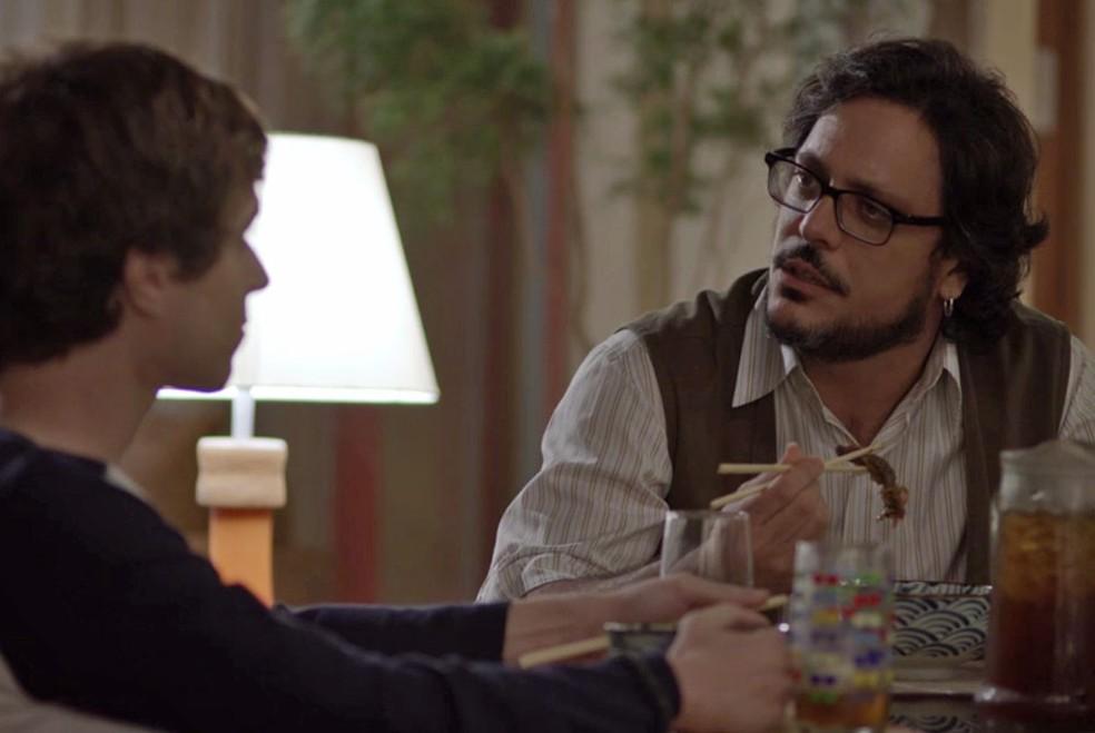 Roney descobre que o filho é gay (Foto: TV Globo)