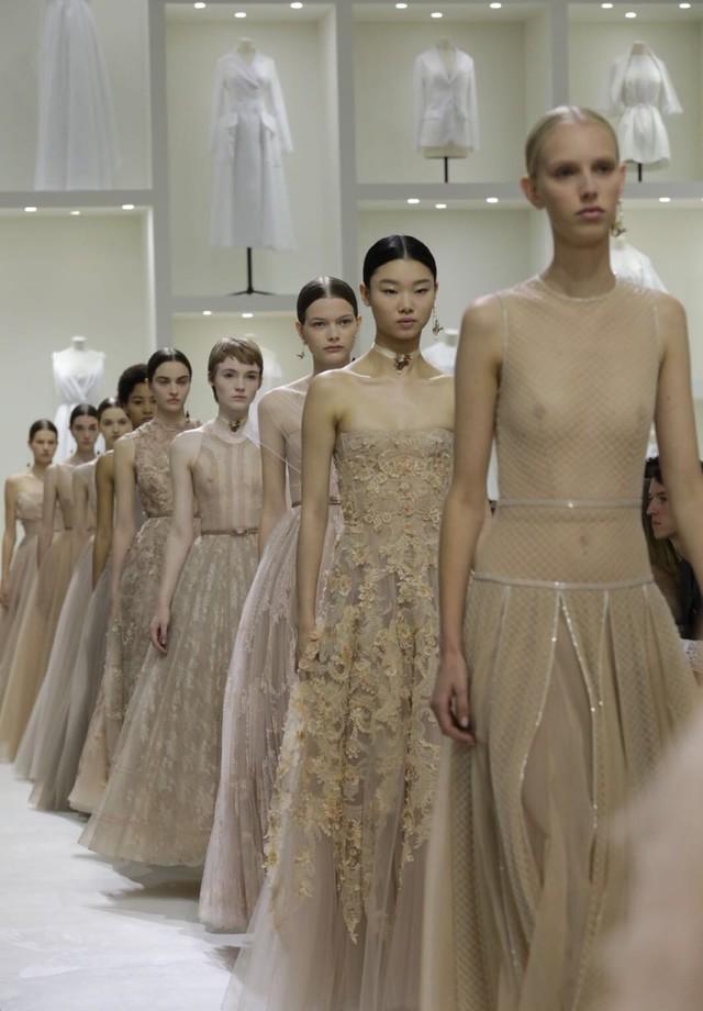 Desfile de alta-costura da Dior - inverno 2018 (Foto: Gerson Lirio x Fashion to Max)