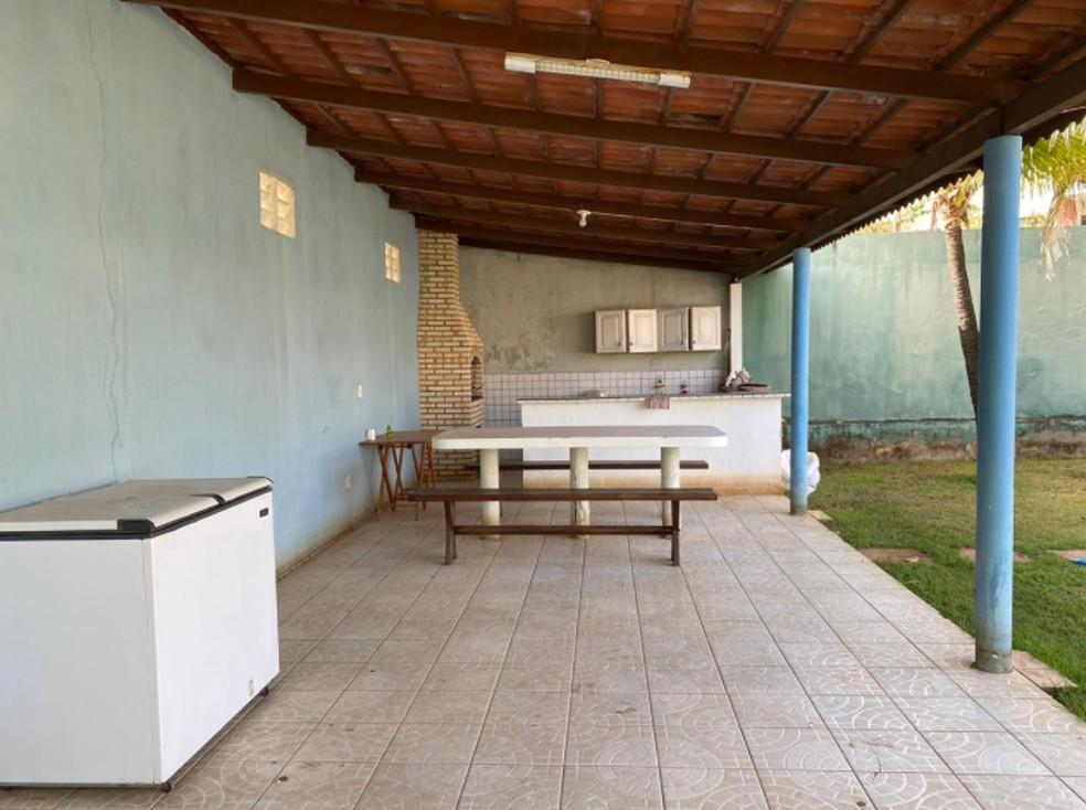 Residência com espaço para a realização de festas.  — Foto: Polícia Civil/Divulgação