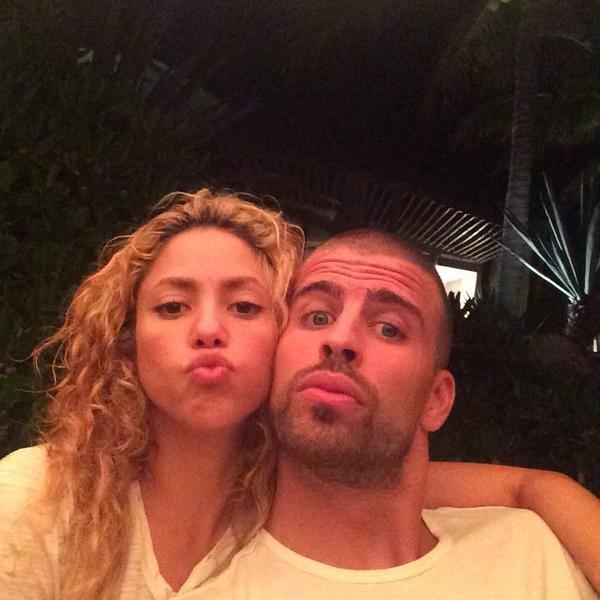 Shakira e Piqué (Foto: Twitter)