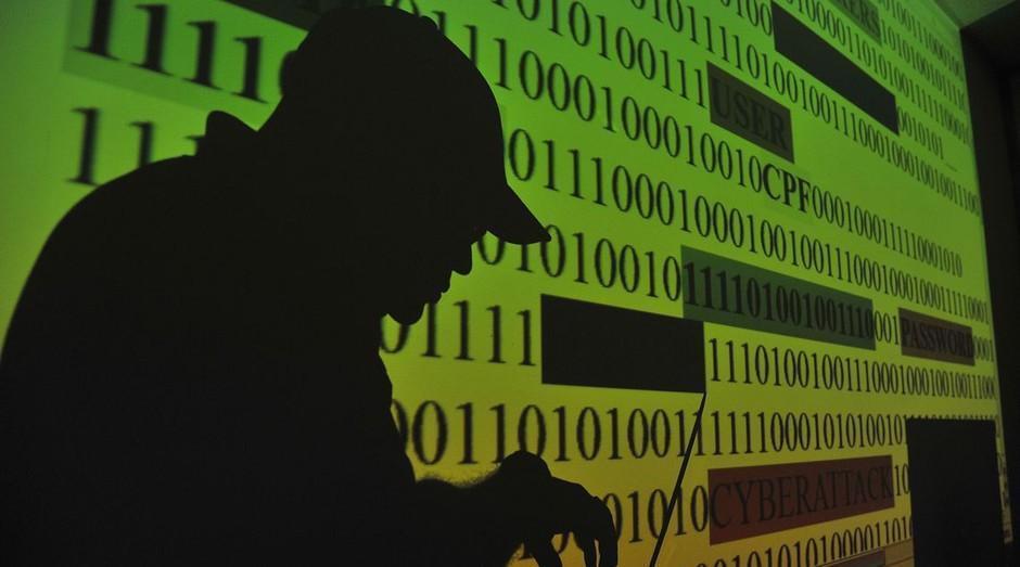 Lei sancionada pelo presidente regula o uso de dados dos usuários pelas empresas (Foto: Marcello Casal Jr/Agência Brasil)