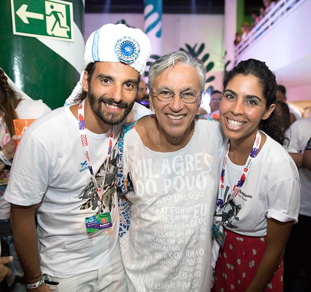 Caetano Veloso com João Paulo Demasi e Bela Gil (Foto: Felipe Panfili/ Divulgação)