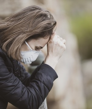 O que os médicos sabem sobre os sintomas persistentes do coronavírus