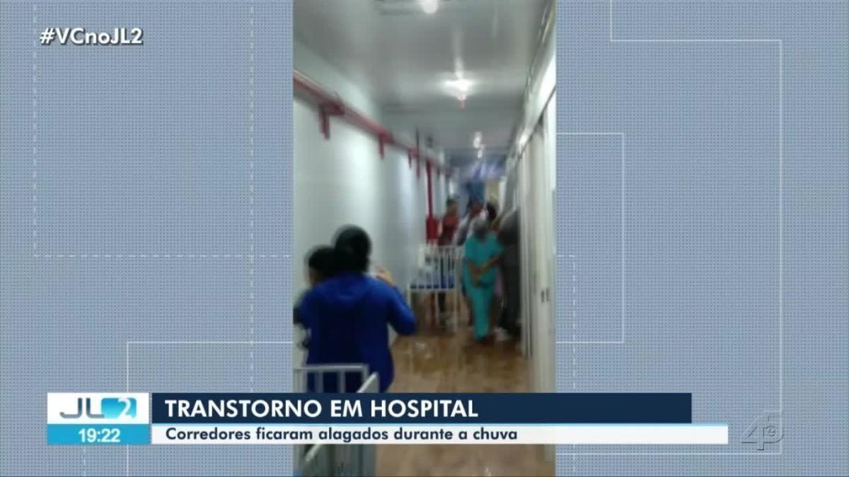Hospital referência para Covid-19 tem com corredores alagados durante chuva forte em Belém
