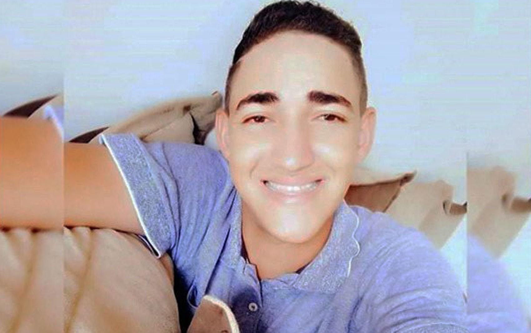 Corpo de jovem morto em caso de homofobia na Bahia é liberado dois meses após crime