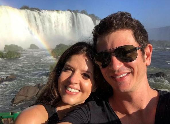Mariana Santos e o marido, Rodrigo Velloni (Foto: Reprodução)