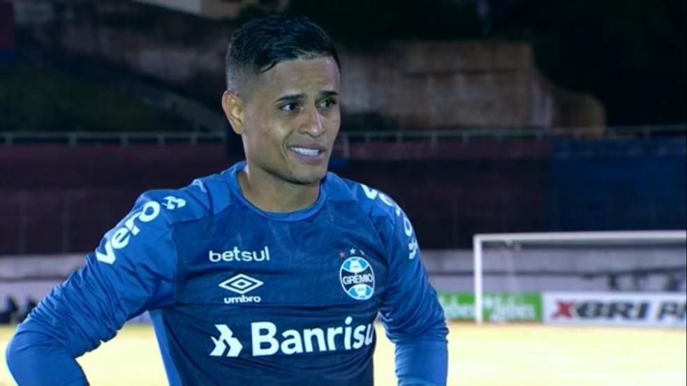 Everton, do Grêmio, após o 2 a 0 contra o Caxias na final do Gauchão — Foto: Reprodução/ge