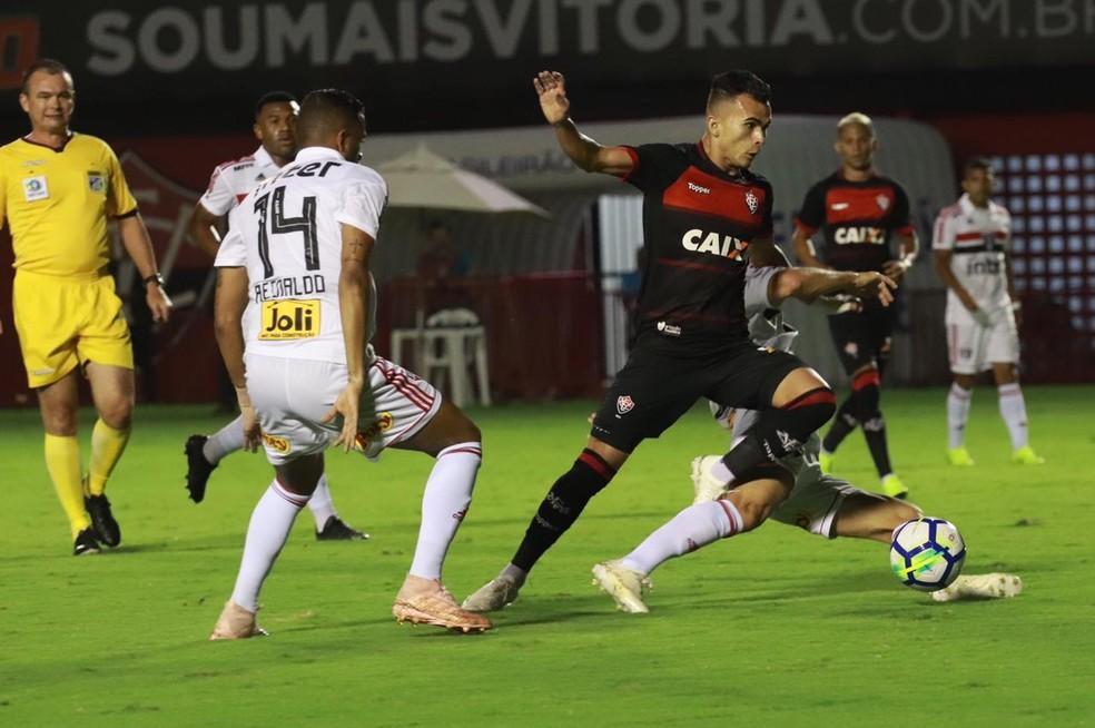 8f686a7a5b4cc ... Vitória joga mal e é derrotado no Barradão — Foto  Maurícia da Mata EC