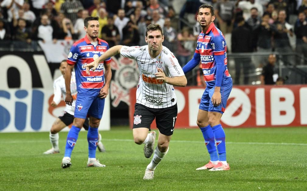 Gol Boselli Corinthians x Fortaleza — Foto: Marcos Ribolli
