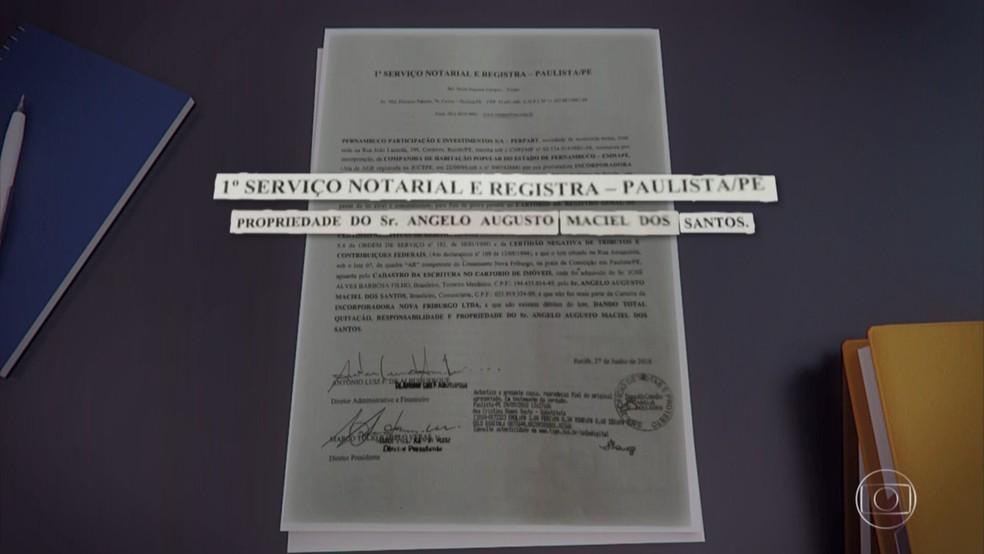 Suspeito de estelionato apresentava documentos falsos para aplicar golpe de venda de terreno em Paulista, no Grande Recife — Foto: Reprodução/TV Globo