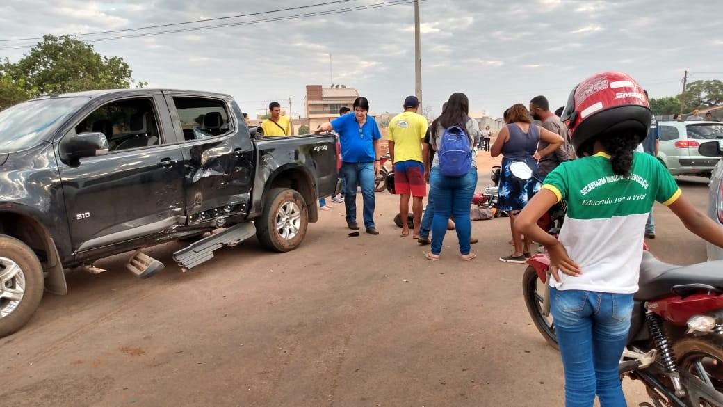 Jovem tem crânio afundado após batida entre duas motos e caminhonete, em Gurupi - Notícias - Plantão Diário