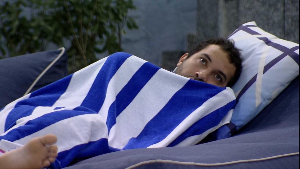 BBB21: Gilberto lamenta: 'Nunca vou ter uma parceira feito a Sarah' — Foto: Globo
