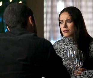 Na segunda-feira (23), depois de casar, Vivi (Paolla Oliveira) se tornará prisioneira de Camilo (Lee Taylor) | Reprodução
