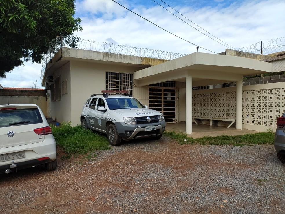 Fachada do setor administrativo do Case feminino de Cuiabá — Foto: Sesp-MT