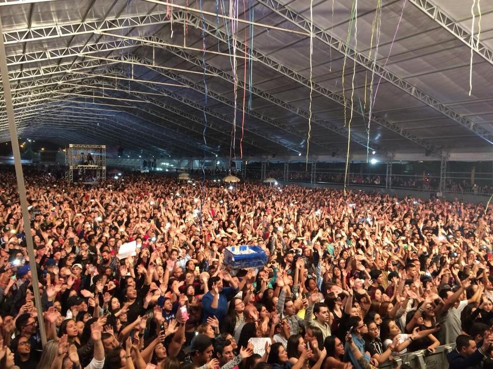 Público lotou a arena de shows da Festa Junina de Votorantim em 2018 — Foto: Carlos Dias/G1