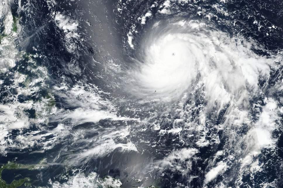 Imagem de satélite exibe extensão do tufão que atingirá Filipinas (Foto: Divulgação/NASA)