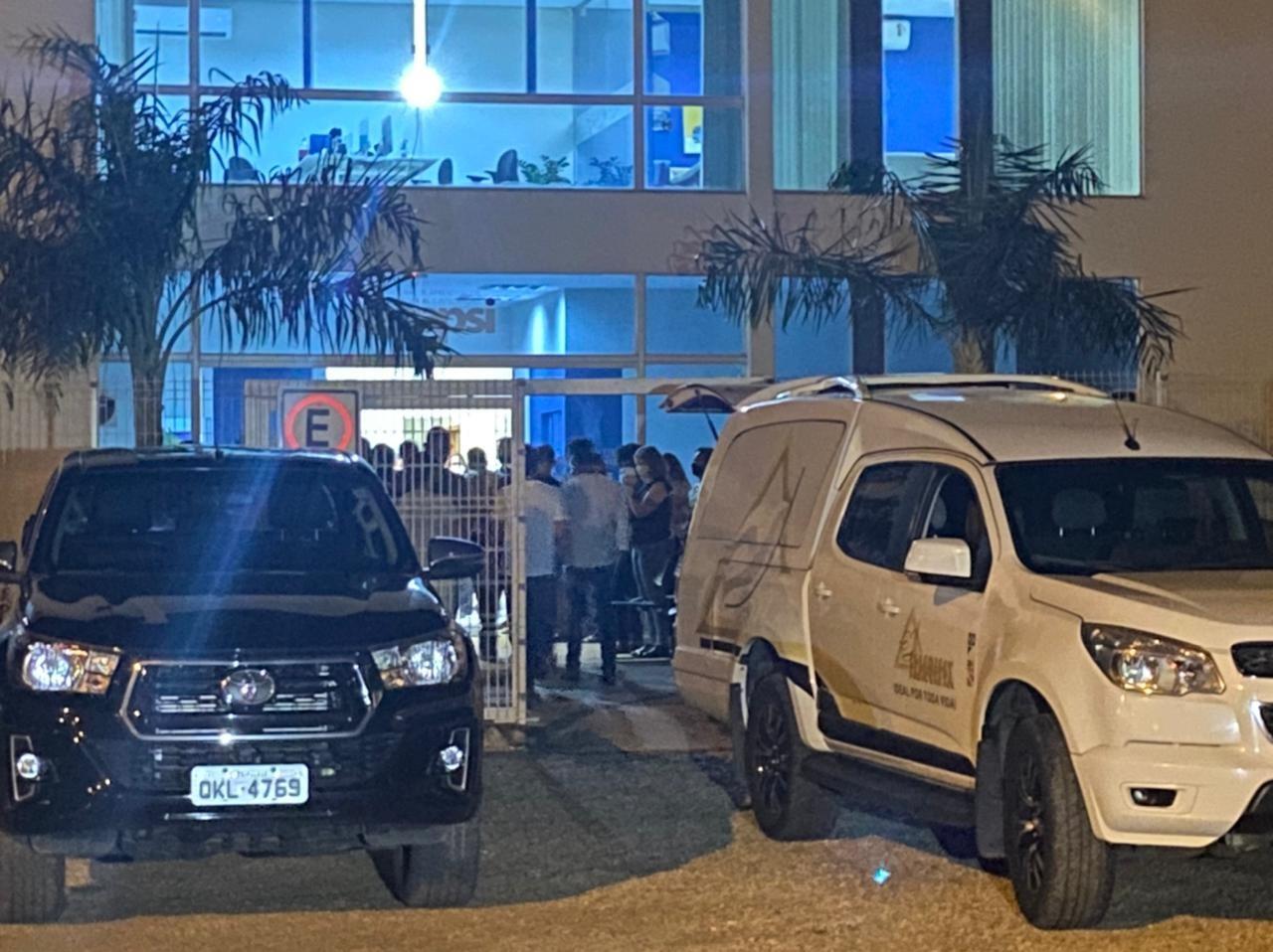 Corpo de presidente do Palmas é velado na capital após acidente de avião
