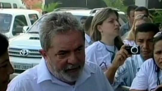 Lula defende ministro da Defesa após vazamento de documentos na internet
