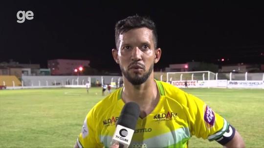 """Raphael Freitas comemora gol 50, mas não disfarça chateação com empate: """"Não jogamos nada"""""""