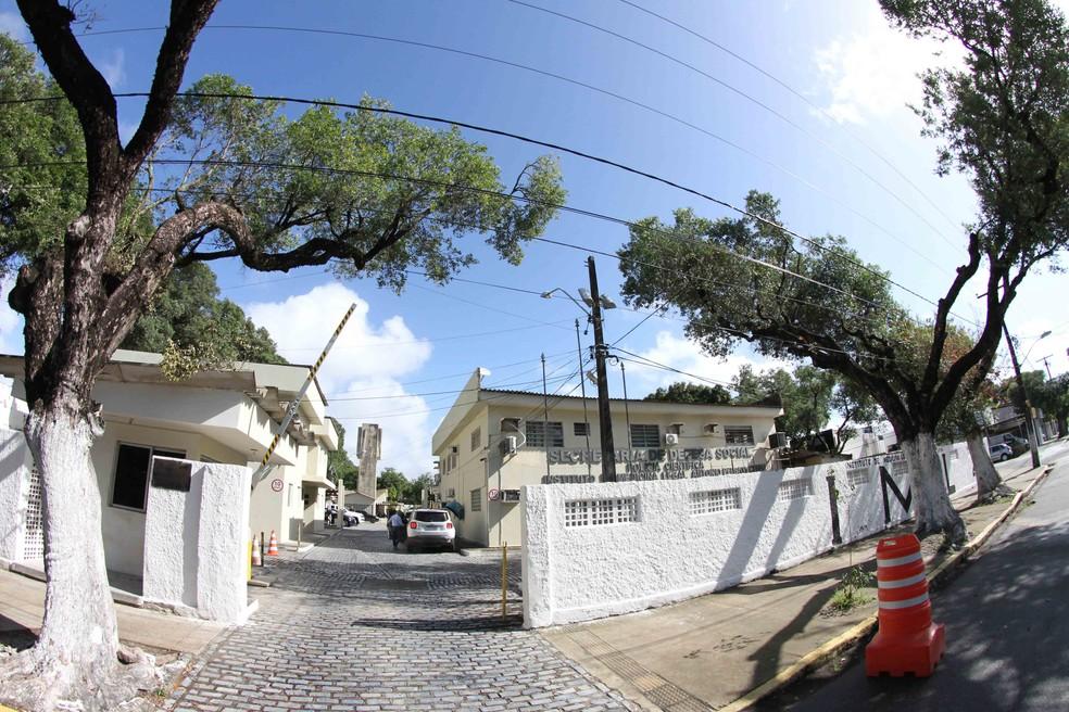 Instituto de Medicina Legal do Recife — Foto: Aldo Carneiro/ Pernambuco Press