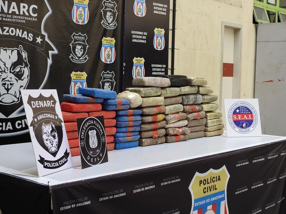 Drogas foram trazidas da fronteira com a Colômbia (Foto: Adneison Severiano/G1 AM)