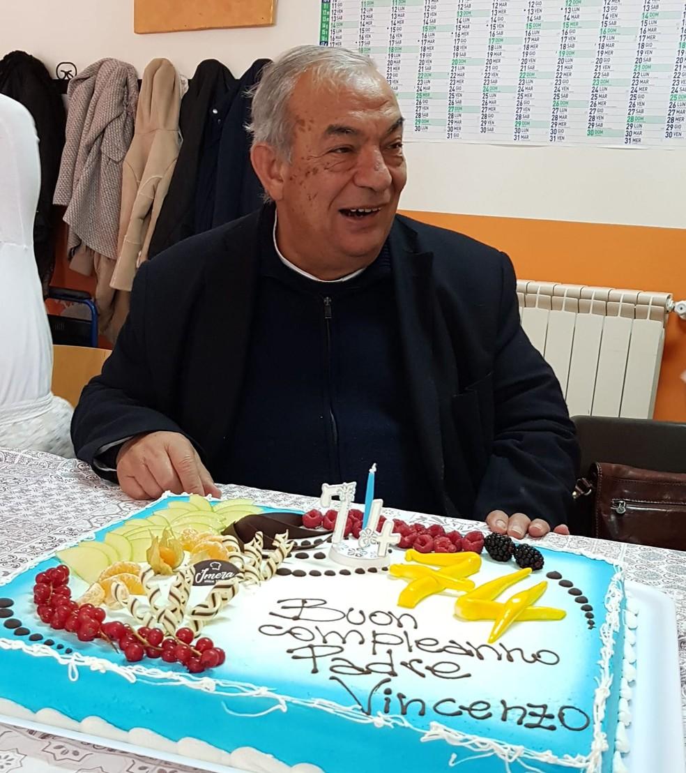 Padre Vincenzo Sorce morreu aos 74 anos na Itália.  — Foto: Reprodução