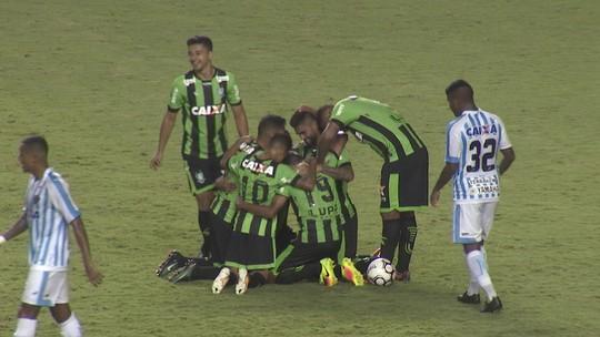 Gol em Belém faz Luan empatar com líderes da artilharia do Coelho em 2017