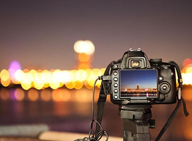 As câmeras inventadas eram muito mais compactas e simples do que as de hoje em dia (Foto: Digital Photo Secrets/ Reprodução)