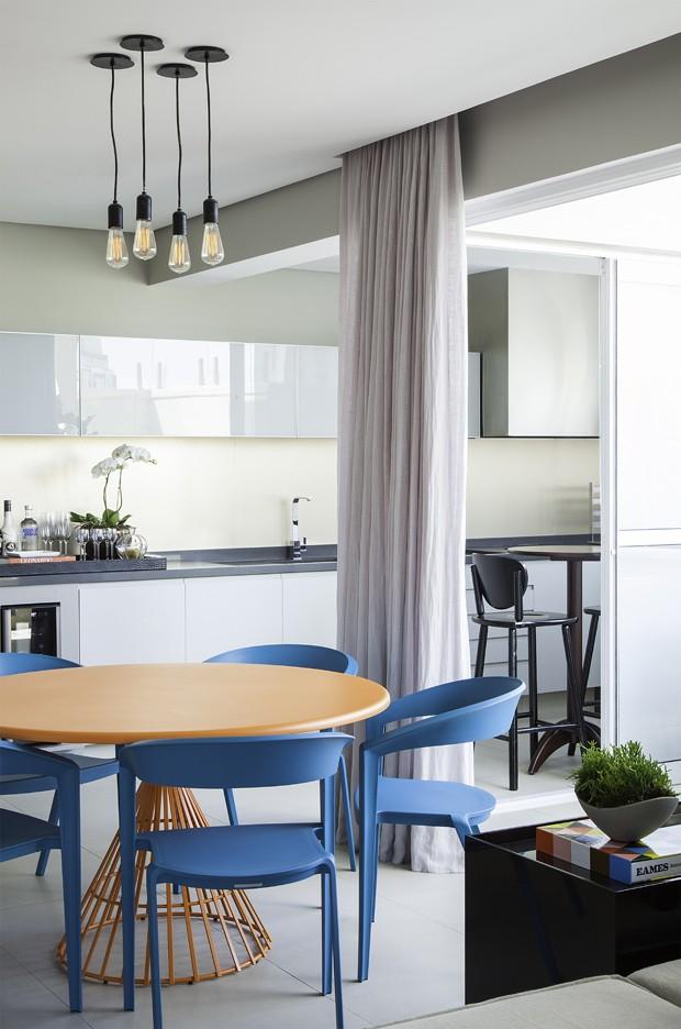 Apartamento masculino com cor e emoção  (Foto: Raphael Briest)